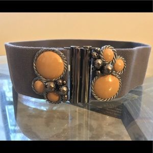 Anthropologie gray elastic waist belt with clasp